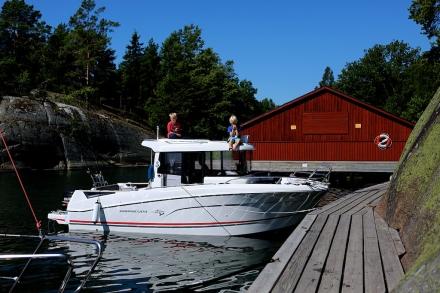 Killarna på båten på Finnhamn